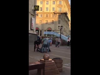 #necro_tv: Охота КГБ и ОМОН на прохожих в Минске за день до выборов президента