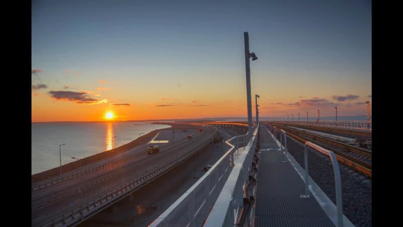 Рассвет в Керченском проливе
