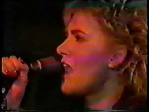 Marie Fredriksson with Lasse Lindbom band- Bågen tv 1984