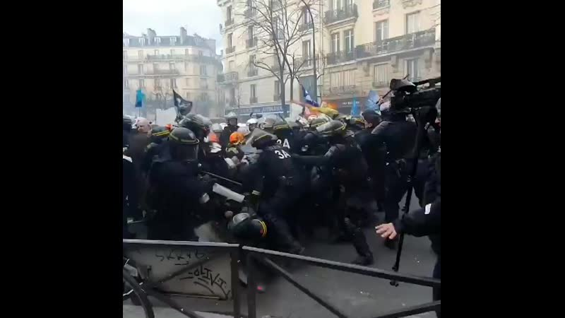 French firefighters vs. riot