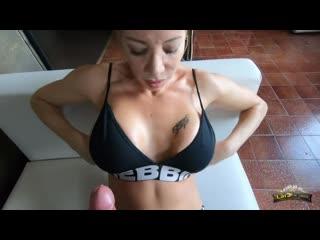 Lara de santis blowjob and titjob in a nightclub