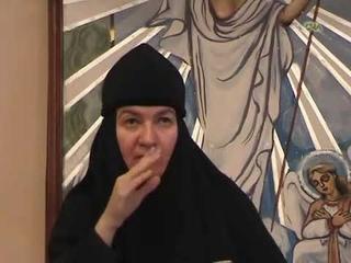 Монахиня Нина,реклама ложь,но в ней намёк,и как воспримешь сей урок???