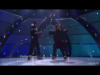 Les Twins | Let It Snow! | Christmas Edit YT Channel: 20Ania00 Music:  Let It Snow! (Trap Remix)