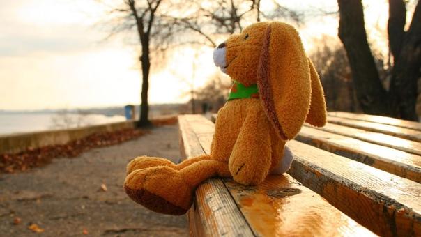 Как ни странно, но умение быть одному является условием способности любить.