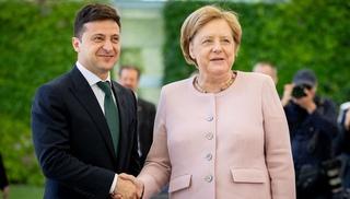 Вести.Ru: Во время встречи с Зеленским Меркель начало трясти