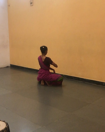 """Ashrita Keshav - Preetham on Instagram """"I've known Shantala all my life, as family, one of the inspirations behind my own pursuit of Kuchipudi, but today I had the """"Shantala…"""""""