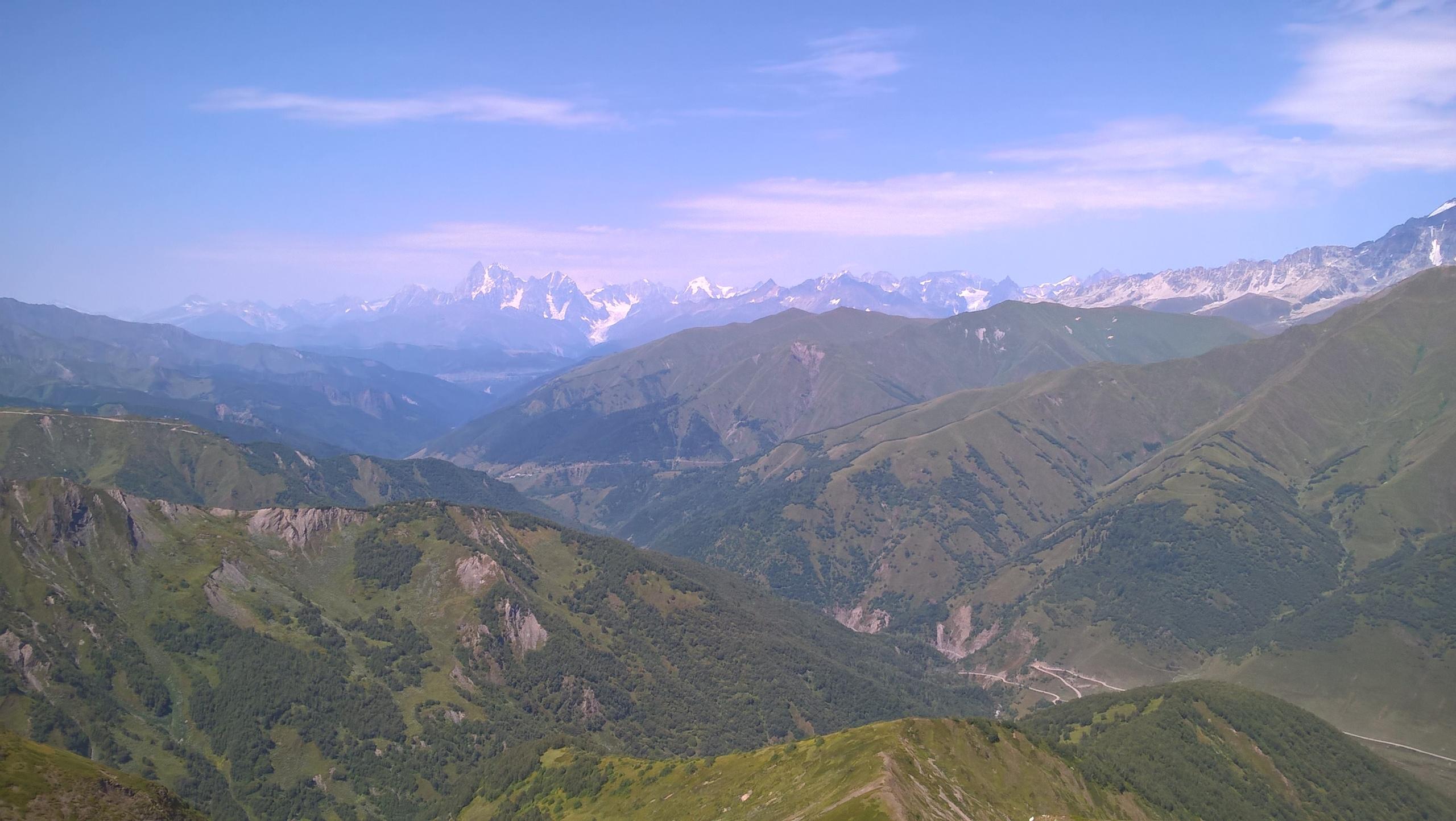 долина реки Ингури со Сванетского хребта