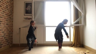 Ballet barre training at home by Philippe Solano and Tiphaine Prévost, music Nolwenn Collet