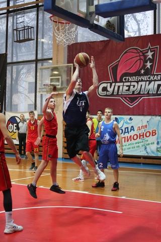 Чемпионат города: DTI - БК Феникс
