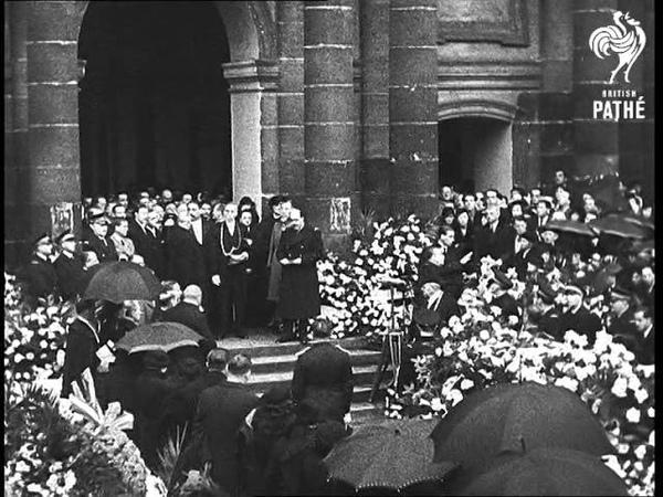 Funeral Of Mlle Helene Boucher In Paris (1934-1935)