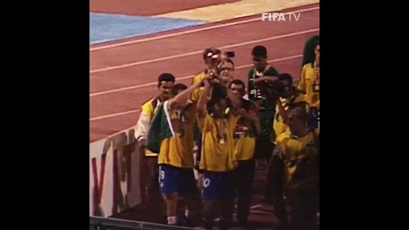 When Ronaldinho was still Ronaldo!@ronaldinho figured prominently in Brazil's 1st new match!🇧🇷-🇬🇭1997 2000CEST