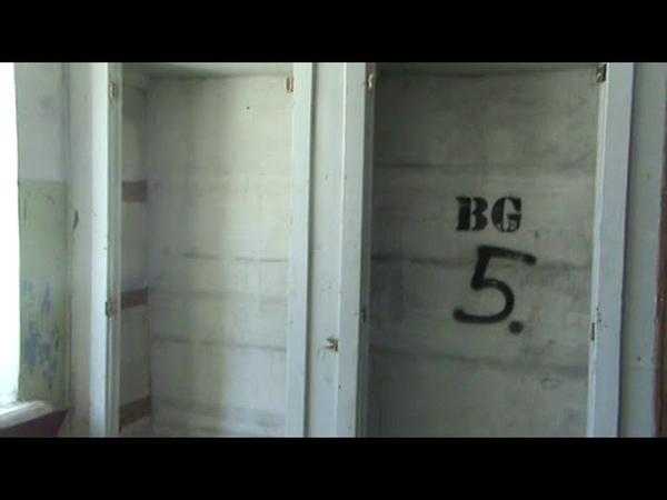 заброшенная медсанчасть в поселке Катунино