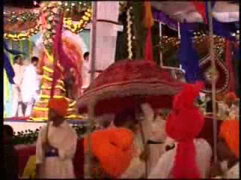 SWAGAT AAGAT SWAGATAM - Christmas Puja 25.12.2002 Ganapatipule
