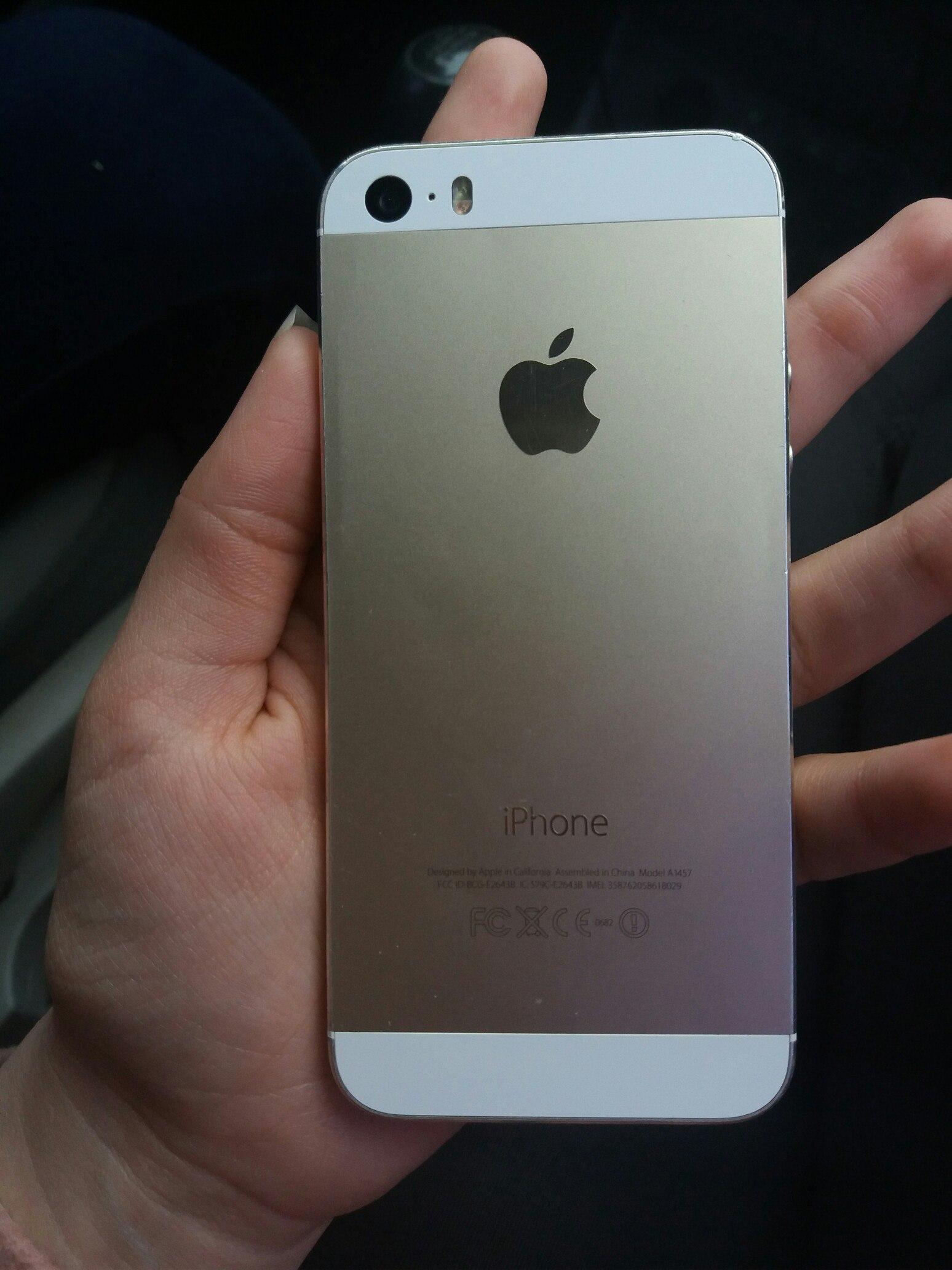 Продам iPhone 5s neverlock