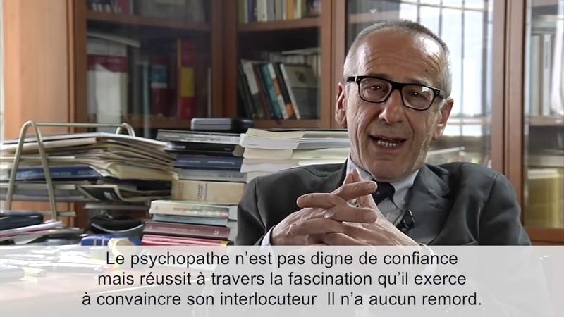 Macron l'analyse d'un psychiatre italien maintenant j'hésite