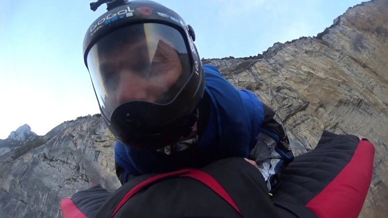 Double wingsuit rodeo base