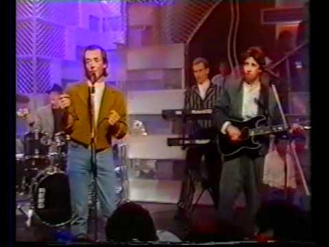 The Hollies - He Ain't Heavy He's My Brother - TOTPS 1988 !