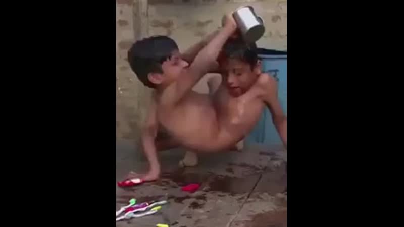 Сиамские близнецы..mp4