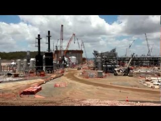 BG Group's QCLNG project Constructing the first of two LNG storage tanks