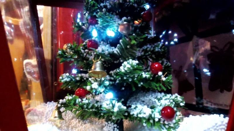 Kleiner Weihnachtsbaum im Weinachtsmarkt Hildesheim