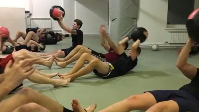 Видео от Высшая Лига фитнес клуб в Орле