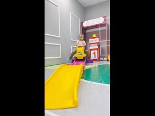 Видео от MIMOSA игровая комната|ЛОФТ для праздников Миасс