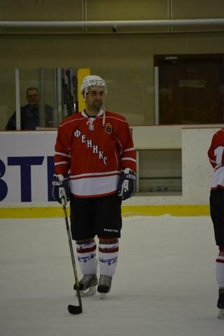 Хоккейный клуб феникс москва бархатный сезон клуб в москве