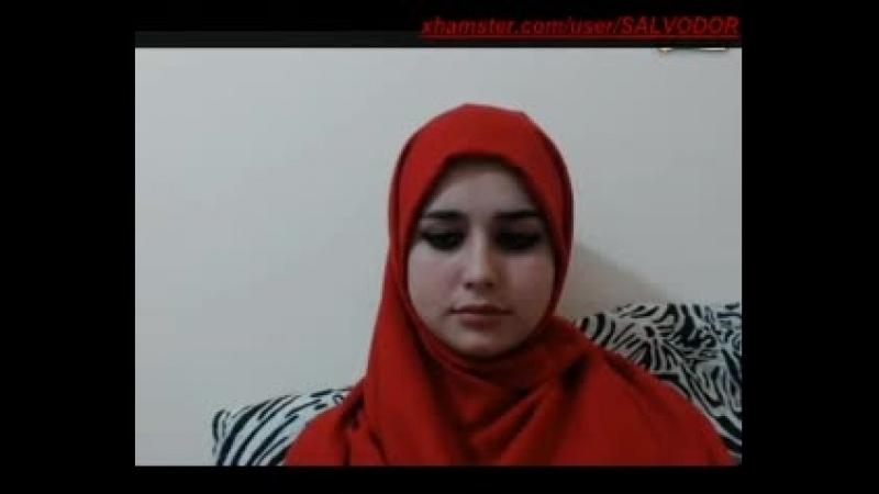 Pakistani Girl Boobs Show on Webcam