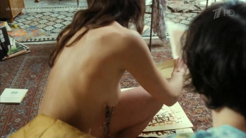 Carole nackt Combes 41 Hottest