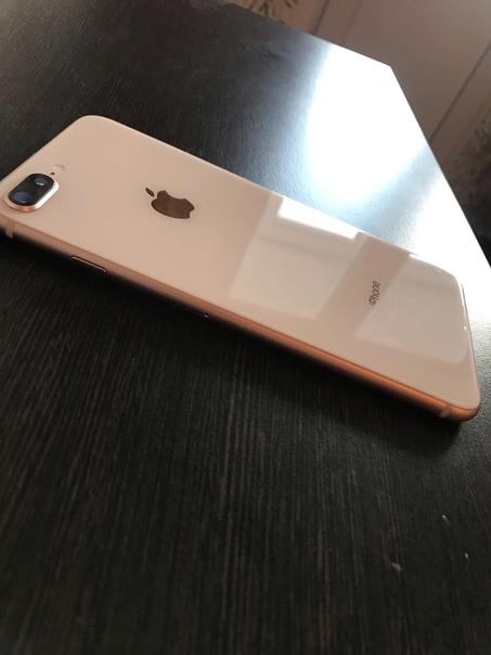Продаётся iPhone 8 Plus. Объём памяти 64 GB. Цвет:...