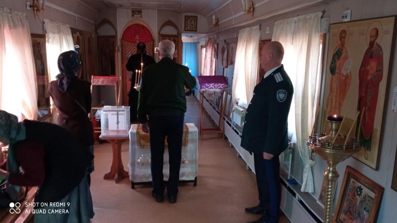 В Челябинск привезли мощи святого Харалампия., изображение №4