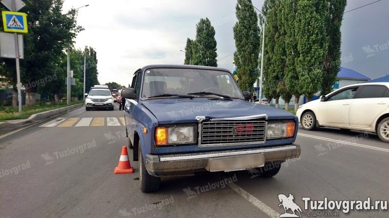 В Новочеркасске вышедший на пробежку студент, был сбит машиной, видео