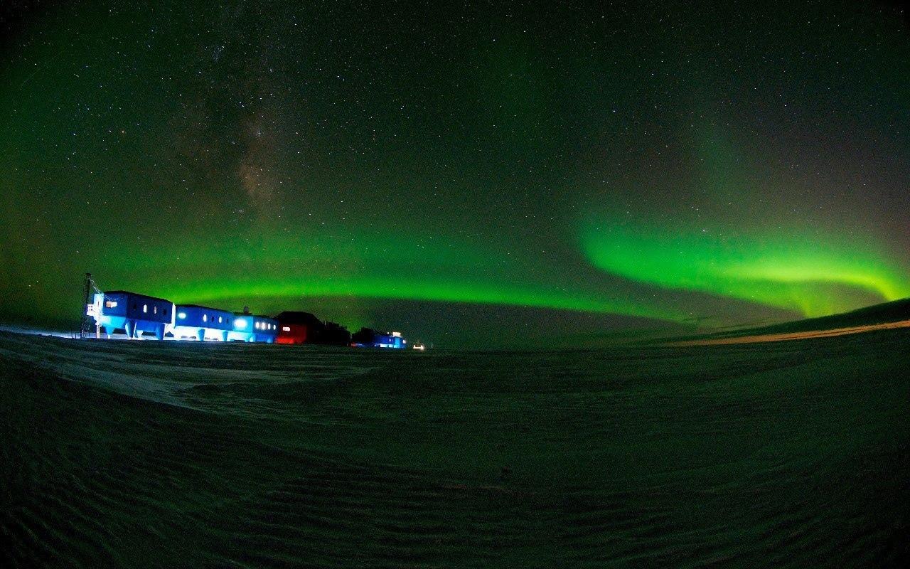 Научно-исследовательская станция Halley VI в Антарктиде
