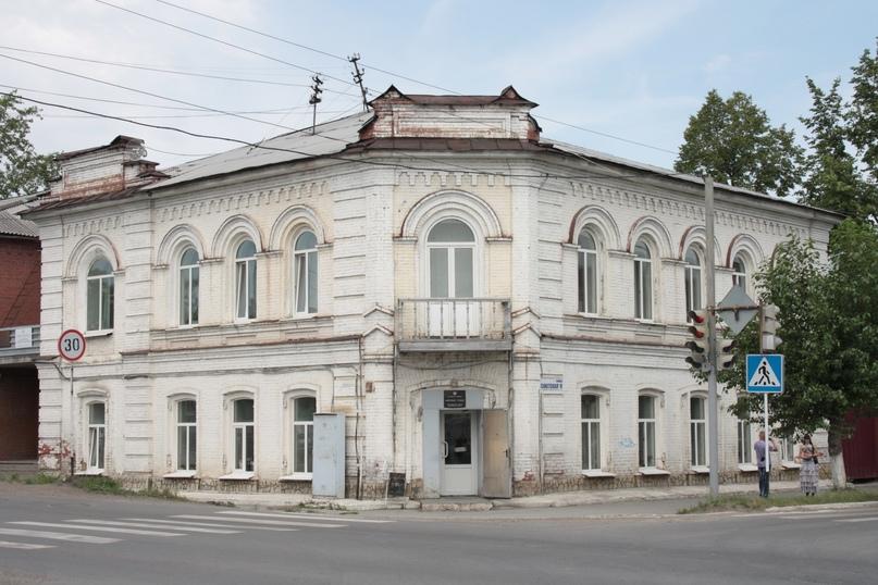 Дом купца И.А. Шевелина, в котором с 1919 по 1930 годы находился Красноуфимский краеведческий музей.
