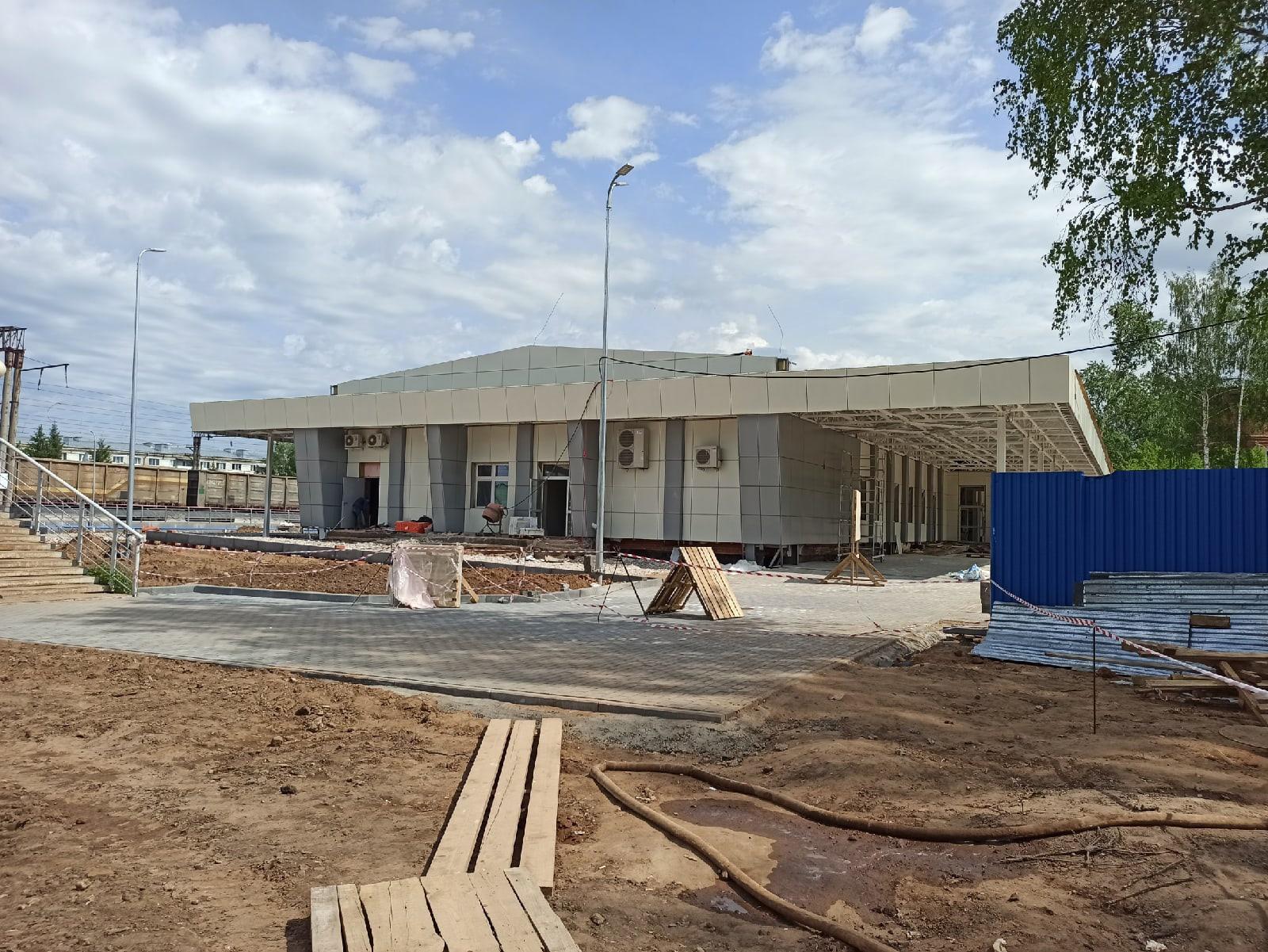 Тем временем строительство нового жд вокзала близится