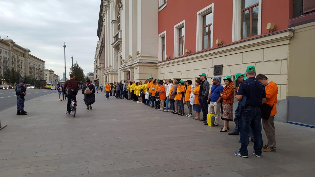 Дольщики ЖК «Марьино Град», Царицыно, Южного Тушина снова вышли к мэрии города Москвы с требованием их скорейшей достройки.