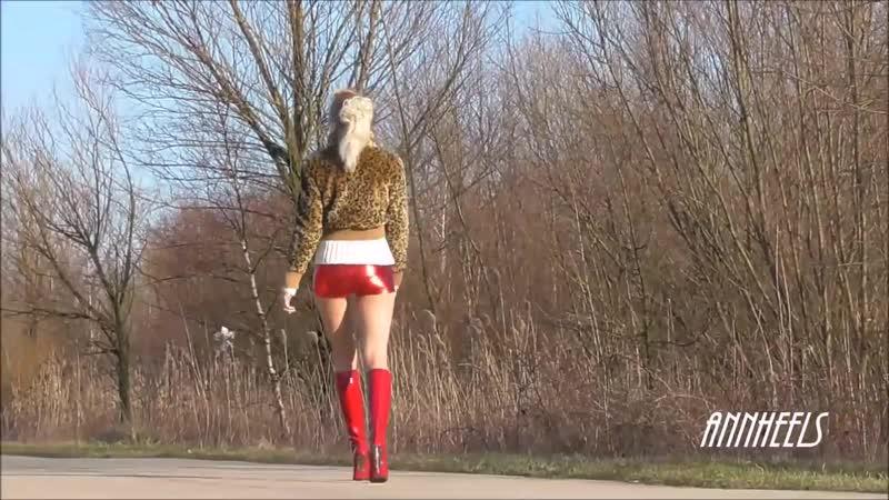 ANIA amazing red GIANMARCO LORENZI and shiny shorts